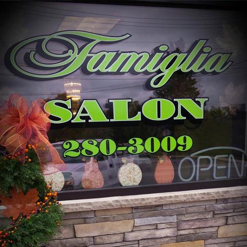Famiglia Salon